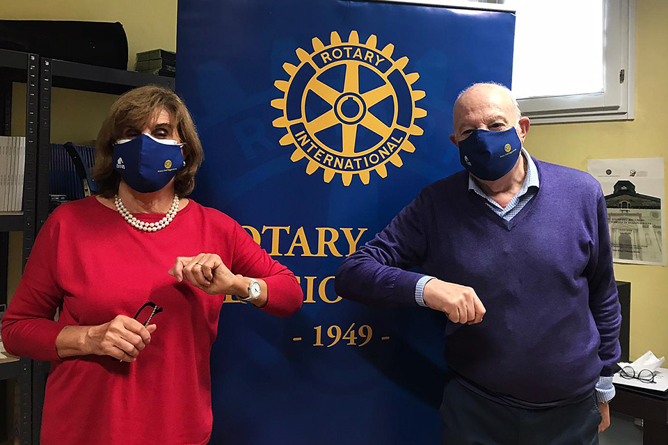 l'incontro tra il dott. Riccardo Zucchetti Presidente del Rotary Club Reggio Emilia e la nostra Presidente Simonetta Cavalieri